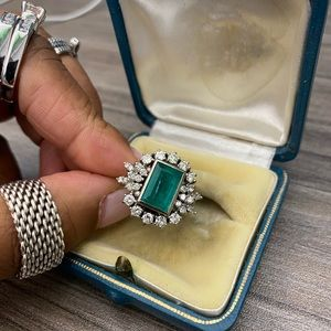 Jewelry - Women's Vintage Emerald and Diamond Cluster Ring